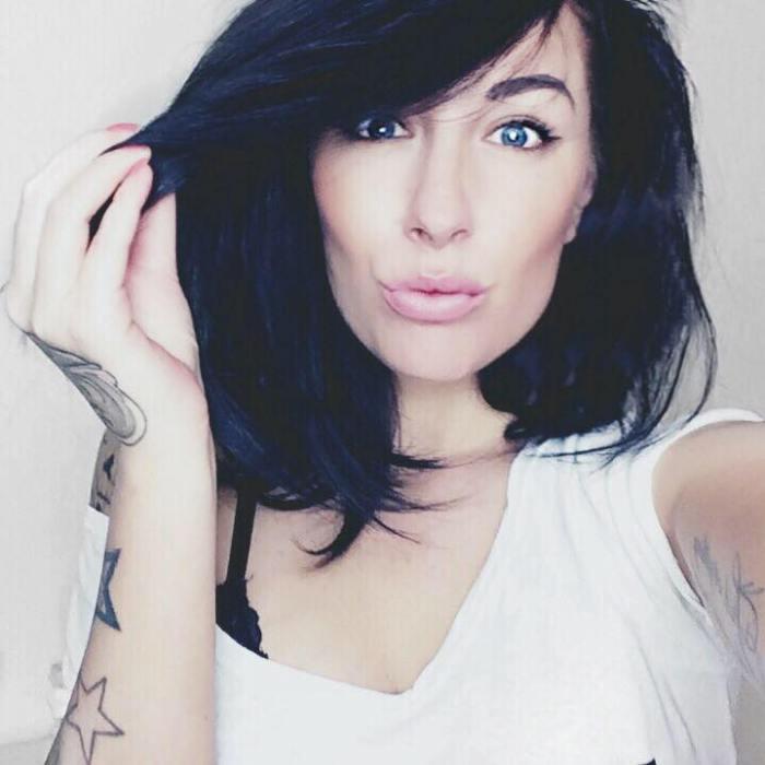 Mayke(1)
